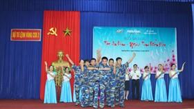 """BTL Vùng Cảnh sát biển 2 tham gia chương trình giao lưu """"Tết an bình - Nghĩa tình biển đảo"""""""