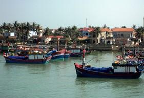 Phát triển bền vững biển, đảo Việt Nam: Khởi sắc quê hương mẹ Suốt anh hùng