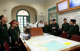 Đại tướng Phùng Quang Thanh kiểm tra công tác chỉ đạo điều hành ứng phó bão số 14
