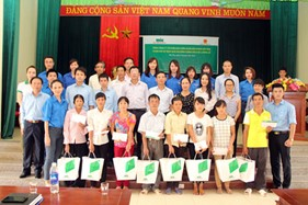 MIC chia sẻ với hơn 100 gia đình xã Lương Lỗ, Thanh Ba, Phú Thọ