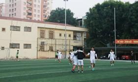 Tuổi trẻ cơ quan BTL Cảnh sát biển giao hữu bóng đá với Tổng công ty cổ phần Bảo hiểm quân đội
