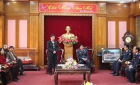 Đoàn công tác tỉnh Sơn La thăm và làm việc tại BTL Cảnh sát biển