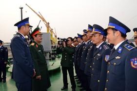 Thượng tướng Nguyễn Thành Cung thăm và làm việc với BTL Vùng CSB 1