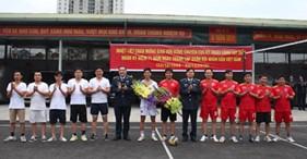 Cục Kỹ thuật Cảnh sát biển tổ chức thể dục thể thao chào mừng kỷ niệm 71 năm ngày thành lập Quân đội nhân dân Việt Nam