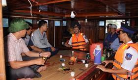 Cụm Đặc nhiệm PCTP ma túy số 1 tuyên truyền về Cảnh sát biển Việt Nam và pháp luật phòng chống ma túy
