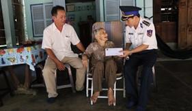 Các hoạt động tri ân nhân kỷ niệm ngày Thương binh liệt sĩ tại BTL Vùng Cảnh sát biển 4