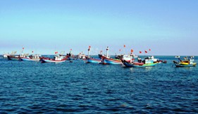 Tựa vào Luật Biển Việt Nam, ngư dân ta bám biển