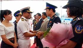 Tàu cảnh sát biển Ấn Độ thăm Thành phố Hồ Chí Minh