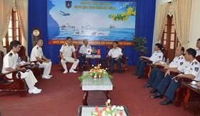 Cán bộ, thực tập sinh tàu KOJIMA - Nhật Bản thăm, giao lưu với cán bộ, chiến sĩ BTL Vùng Cảnh sát biển 2