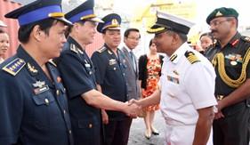 Tàu Lực lượng phòng vệ bờ biển Ấn Độ thăm Thành phố Đà Nẵng