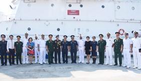 Tàu SAMRAT của Lực lượng Bảo vệ bờ biển Ấn Độ thăm Đà Nẵng