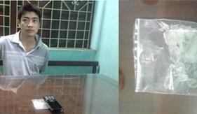 Phòng PCTP ma túy BTL Cảnh sát biển bắt quả tang đối tượng tàng trữ trái phép chất ma túy