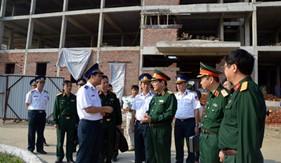 Đồng chí Thượng tướng Nguyễn Thành Cung đến kiểm tra và làm việc tại BTL Vùng Cảnh sát biển 1