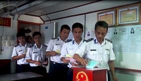 Hải đội 301/BTL Vùng CSB 3 tổ chức bầu cử sớm trên biển
