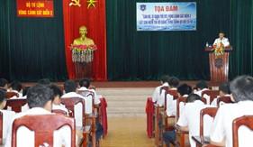 """Tọa đàm """"Cán bộ sĩ quan trẻ BTL Vùng Cảnh sát biển 2 sắt son niềm tin với Đảng, xứng danh Bộ đội Cụ Hồ"""""""