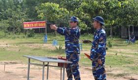 BTL Vùng Cảnh sát biển 3 kiểm tra bắn đạn thật súng K54 và tiểu liên AK đối với sĩ quan, QNCN