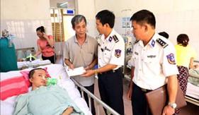 BTL Cảnh sát biển thăm, tặng quà các bệnh binh đang điều trị tại các bệnh viện quân đội trên địa bàn Hà Nội