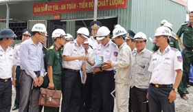 Tư lệnh Cảnh sát biển kiểm tra công tác đầu tư xây dựng các công trình tại BTL Vùng CSB 3 và BTL Vùng CSB 4