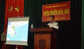 BTL Vùng Cảnh sát biển 2 tổ chức tuyên truyền biển, đảo cho đoàn viên, thanh niên Công ty Cổ phần cấp thoát nước Quảng Nam
