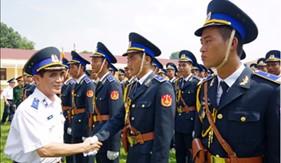 Thủ trưởng BTL Cảnh sát biển thăm, kiểm tra và động viên các khối Cảnh sát biển luyện tập diễu binh, diễu hành