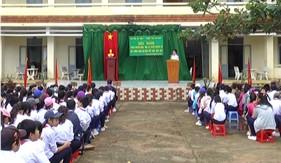 BTL Vùng Cảnh sát biển 3 tổ chức tuyên truyền biển, đảo tại huyện đảo Phú Quý
