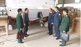 BTL Cảnh sát biển kiểm tra tiến độ thi công đóng mới 12 xuồng tuần tra cao tốc loạt 2