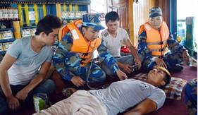 Những chiến sĩ quân y ở BTL Vùng Cảnh sát biển 1