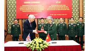 Tăng cường hợp tác quốc phòng Việt Nam - Liên hiệp Vương quốc Anh và Bắc Ai-len