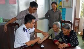Ngư dân Quảng Bình thêm vững tin vươn khơi bám biển