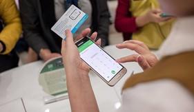 """Viettel tung gói cước 4G cho dân """"nghiền"""" Facebook và Youtube"""