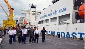 Đoàn cán bộ, học viên Học viện Quốc phòng đến học tập,  nghiên cứu thực tế tại BTL Vùng Cảnh sát biển 1