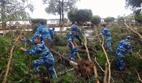 Hải đội 102 tích cực, chủ động đối phó với cơn bão số 2