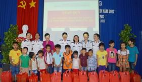 Hội Phụ nữ Bộ Tư lệnh Vùng Cảnh sát biển 3 chung tay vì cộng đồng