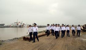 Tư lệnh Cảnh sát biển kiểm tra kết quả thực hiện công tác Cảnh sát biển năm 2017 tại BTL Vùng Cảnh sát biển 1