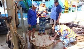 BTL Vùng Cảnh sát biển 4 liên tiếp bắt giữ tàu chở dầu DO trái phép