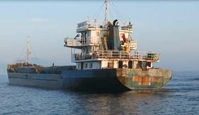 BTL Vùng Cảnh sát biển 2 tạm giữ tàu vận chuyển hàng hóa không có giấy tờ hợp pháp