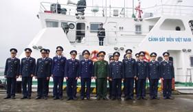 Đoàn công tác Bộ Quốc phòng kiểm tra và chúc Tết BTL Vùng Cảnh sát biển 1