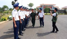 Đoàn công tác Tổng cục Chính trị thăm, làm việc và chúc Tết các đơn vị Cảnh sát biển