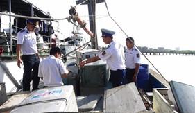 Nội dung, biện pháp nâng cao hiệu quả đấu tranh chống buôn lậu, gian lận thương mại trên biển dịp Tết Nguyên đán Mậu Tuất 2018