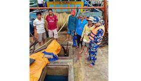 Lực lượng chức năng Bộ Tư lệnh Cảnh sát biển bắt giữ tàu  vận chuyển hơn 140.000 lít dầu DO trái phép