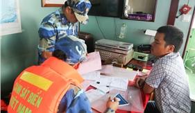 Bộ Tư lệnh Vùng Cảnh sát biển 4 bắt giữ tàu chở 400.000 lít dầu DO không rõ nguồn gốc