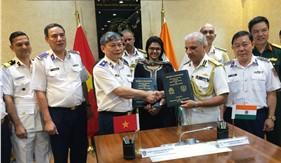 Tư lệnh Cảnh sát biển Việt Nam thăm và làm việc tại Ấn Độ