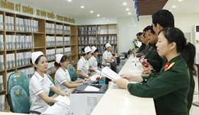 Bảo đảm đúng, đủ, kịp thời quyền lợi khám, chữa bệnh bảo hiểm y tế cho quân nhân theo quy định