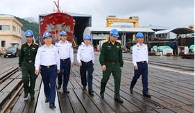 Kiểm tra công tác đóng mới và sửa chữa tàu tại Tổng Công ty Sông Thu