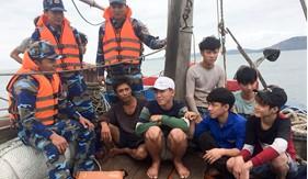 BTL Vùng Cảnh sát biển 1 cứu thành công 8 ngư dân  gặp nạn trên biển