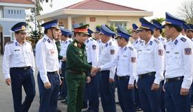 Thượng tướng Lê Chiêm kiểm tra kết quả thực hiện nhiệm vụ tại BTL Vùng Cảnh sát biển 2