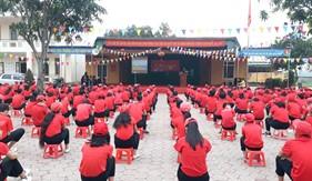 Hải đội 102 tuyên truyền biển, đảo tại trường Trung học cơ sở Tiên Yên