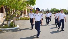 Thiếu tướng Phạm Kim Hậu kiểm tra công tác chuẩn bị triển khai Hải đoàn 21