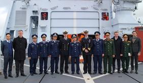 Tư lệnh Cảnh sát biển Việt Nam thăm và làm việc với Tập đoàn Đóng tàu Damen Hà Lan