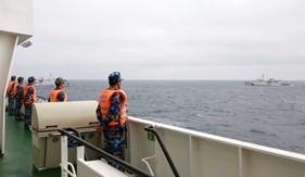 Cảnh sát biển Việt Nam và Trung Quốc kiểm tra liên hợp nghề cá Vịnh Bắc Bộ 2019